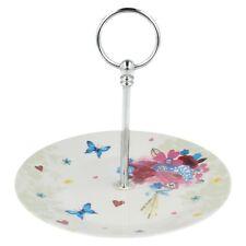 Papillon Bouquet présentoir gâteau par LESSER & PAVEY LP32488