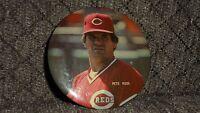 Pete Rose 1980's 1 1/2 inch Photo Button/Pin Cinncinatti Reds