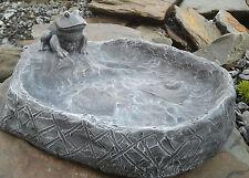 Vogeltränke mit Frosch, Vogelbad Wasserbecken Stein Garten Frostsicher