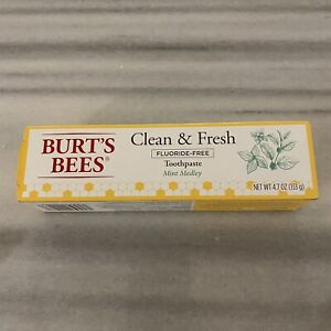 Burt's Bees Clean & Fresh Flouride-Free Toothpaste Mint Medley, 4.7oz