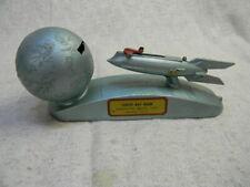 VINTAGE STRATO 1950'S XU-232 SPACESHIP TO THE MOON DURO METAL COIN BANK