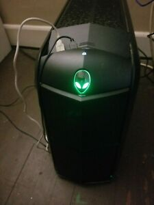 Alienware Aurora R3 8GB Gaming Computer in excellent condition with upgrades.