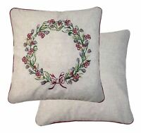 "LINEN BLEND PIPED CHRISTMAS WREATH RED BEIGE GREEN 17"" 43CM CUSHION COVER"
