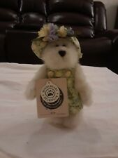 """Boyds Bears Ruth 9"""" 99128V (On Stand) Collector condition"""