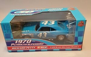 Richard Petty Racing Champions 50th ANNIVERSARY 1970 PLYMOUTH SUPERBIRD 1:24 NEW