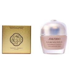 Shiseido Future Solution LX Total Radiance Foundation SPF15 30ml 2-NEUTRAL