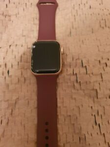 Apple Watch Series 4 40 mm Gold with New Apple Band (GPS + …