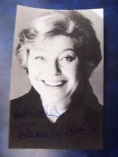 Rosemary Leach   + note - autograph (GC5) 5.5 x 3.5 inch