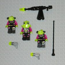 LEGO Minifigures 3 Space Aliens Monsters Army Minifigs Blaster Weapons Toy Guys