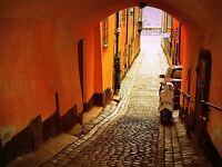 PHOTOGRAPHY CITYSCAPE ALLEY ARCH COBBLED TERRACOTTA NARROW POSTER PRINT BMP10720