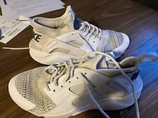 Nike white huarache trainers size 4