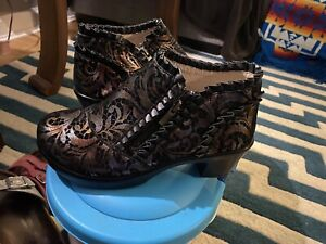 Alegria HAN  448 SZ 37 New Black Leather Florette Embossed Comfort Boots Shoes