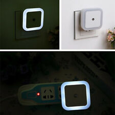 LED Light Auto Induction Sensor Control Bedside Night Light Wall Lamp Bed US
