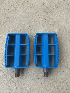 """Original OLD School NOS 80's Blue 1/2"""" Model  620 BMX Pedals-Schwinn Mongoose GT"""