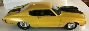 Welly Diecast Collectible 1970 Chevelle Pro Street Muscle 1/18 Scale Yellow