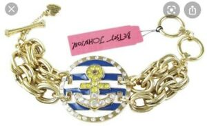 $68 BETSEY JOHNSON Ship Shape Anchor Nautical Medallion  Toggle Bracelet BK8