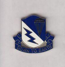 507th PARACHUTE INFANTRY REGT AIRBORNE SCHOOL crest DUI badge c/b clutchback NHM