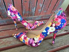 *FLoRaL PrinT New SZ 7.5 Pink Pointy Toe CARRIE Stilettos Heels PUMP GuESS