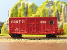 'N' Scale - Atlas Burlington 40ft. Freight Car - Micro-Trains Couplers