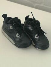 Nike Jordan Retro 4 Negro Talla 6.5 Infantil