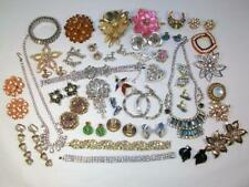 NICE LOT of ** 35+ Pieces ** Vintage to Retro RHINESTONE Jewelry Pins Earrings++
