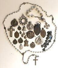 Lot d'anciennes médailles religieuses, chapelet.... en argent et autre, religion