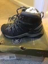Keen-Womens Gypsum Mid Hikng Boot Size 5