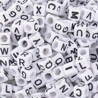 Sonderangebot 500 Weiß Schwarz Buchstaben Acryl Würfel Perlen Spacer Beads 6x6mm