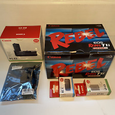 Canon Eos Rebel T1i Ef-S 18-55 Kit plus Bg-E5 Battery Grip and other extras