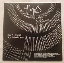 Moon Duo Autographed Animal b/w Fadeaway 7 Inch Vinyl