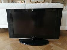 """TV Samsung LCD 32"""" en parfait état"""
