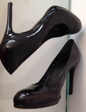 Women's 8 Stuart Weitzman Patent Leather Pump