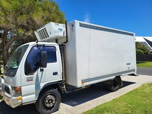 Isuzu Refrigerated truck (2005)