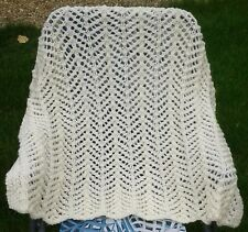 Baby blanket/afghan Cream 29x31� 0-12 months Stunning handknitted lace Brand New