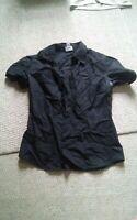 000 Womens Black Worthington Stetch Short sleeve Button Down Shirt Small