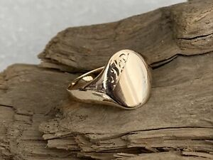 Vintage H/M 1972 Solid 9ct Gold Gent's Men's Decorated signet Ring 2.7g - Size T