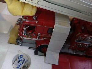 "Franklin Mint 1/34 Scale XN767 PIERCE FIRE ENGINE TRUCK ""SNORKEL #1 "" RARE"