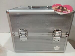 #A Scuffed Caboodles Goddess 4-Tray Train Case Silver Travel Health & Beauty NEW