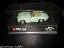 CORGI CLASSIC 1/43 MERCEDES BENZ 300SL ROADSTER OPEN TOP PEARL GREEN    (03401)