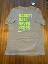 NEW WITH TAGS NIKE BOYS BASKETBALL T-SHIRT SIZE XL 18/20