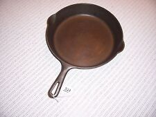Griawold # 9 Skillet Small Logo Pn 710
