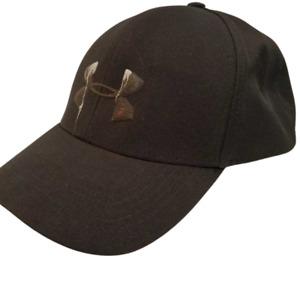 Woman's Under Armour Ball Cap Hat Adjustable Black