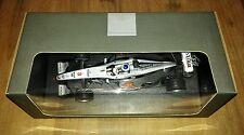 Häkkinen  Mclaren Mercedes MP4/16 2001 Minichamps Mercedes Benz C. OVP Neu 1:18