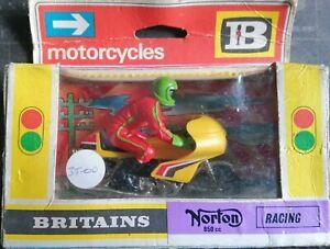 BRITAINS ROAD SERIES #9671 NORTON 850CC RACING MOTORCYCLE MIB 1970s ENGLAND