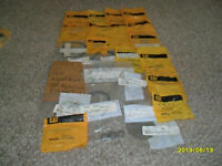 LOT OF CATERPILLAR PARTS RINGs and more GENUINE !!!