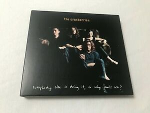 ALBUM 2CD DELUXE 33T CRANBERRIES EVERYBODY ELSE IS DOING IT, SO WHY CAN'T WE?