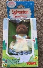1985 Sylvanian Families – Timbertop Brown Bear Older Sister Tomy