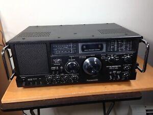 Panasonic 10BAND FM/AM/SW1-8  Receiver Model No RF-4900, Excellent.