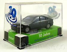 AWM Sondermodell VW Passat, 10 Jahre Volkswagen Sachsen, OVP 1:87