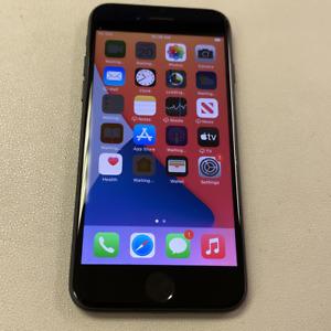 Apple iPhone 7 - 32GB - Black (Unlocked) (Read Description) DJ1053